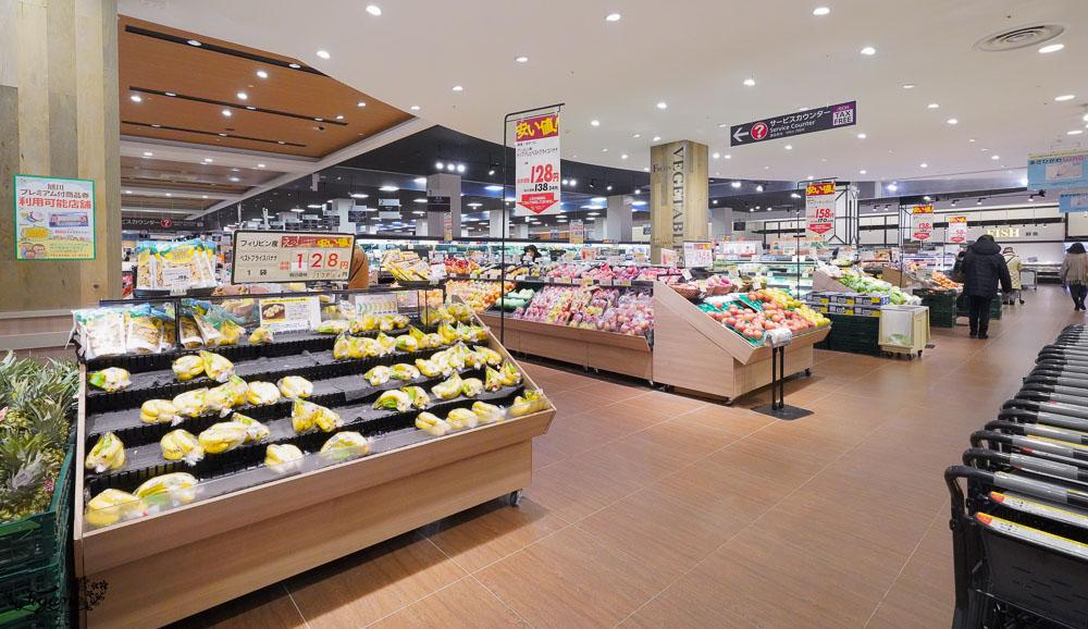 北海道超市篇》永旺購物中心 旭川站前(AEON MALL 旭川駅前),原來AEON MALL超市一點都不貴! @緹雅瑪 美食旅遊趣