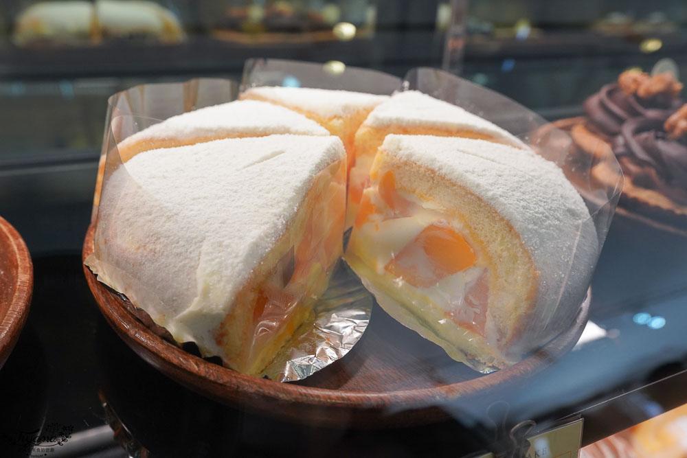 高雄河堤社區甜點》小黃窩窩 WOWO CAKE,純白質感蛋糕店 @緹雅瑪 美食旅遊趣