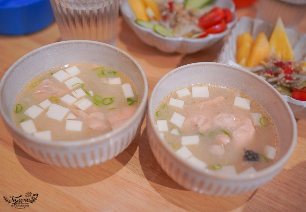 台南海鮮丼飯「味熟 MIJUKU」,Google 4.8分的海安路藝術街的隱藏版美食!! @緹雅瑪 美食旅遊趣