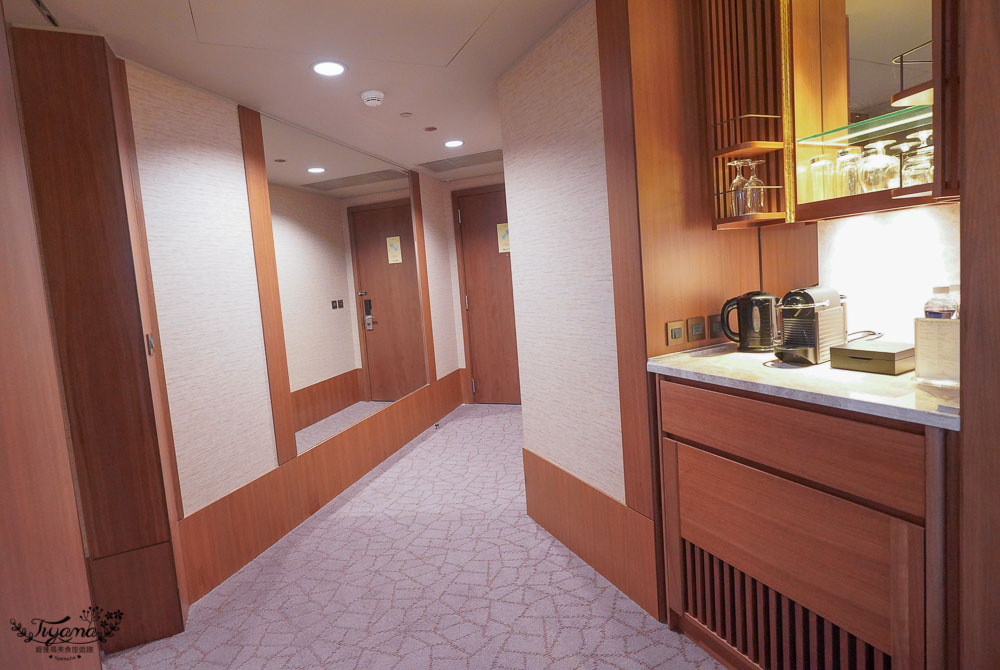 香格里拉台北遠東國際大飯店,台北101景觀超豪華客房,優享88-夢幻假期:下午茶、晚間雞尾酒、早餐 @緹雅瑪 美食旅遊趣