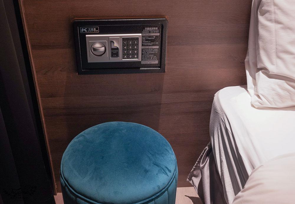 宜蘭新開幕飯店,朗居文旅》四人房床超大&大浴缸,近頭城老街、頭城文創園區、蘭陽博物館、烏石港,宜蘭頭城一日遊住宿推薦 @緹雅瑪 美食旅遊趣