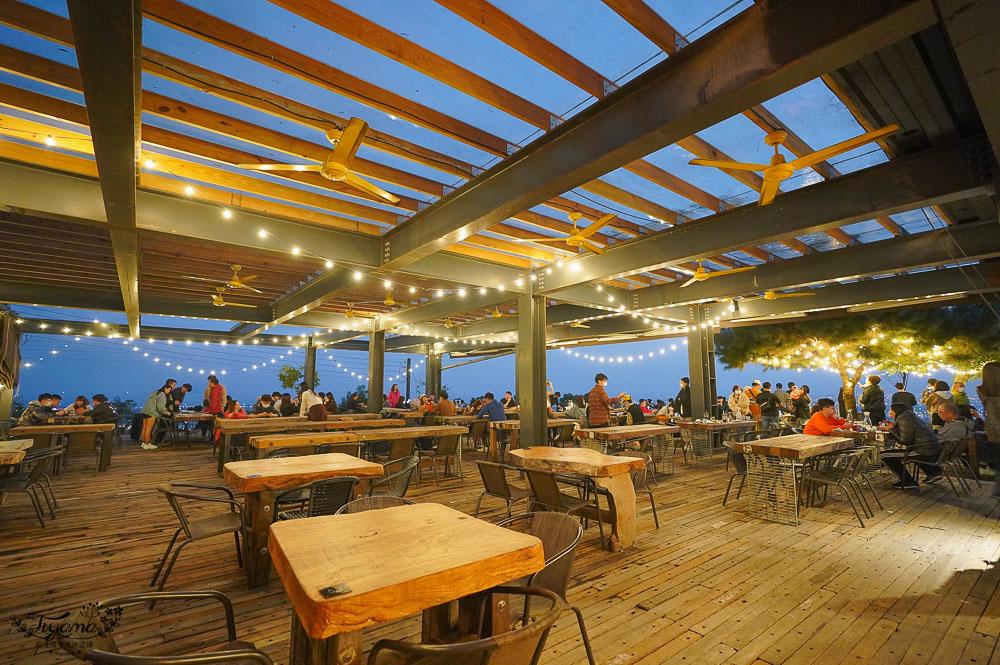 宜蘭礁溪夜景餐廳》空ㄟ農場,百萬夜景浪漫約會景觀餐廳,接駁專車接送至山上用餐,藝人也愛去的超人氣私房景點 @緹雅瑪 美食旅遊趣