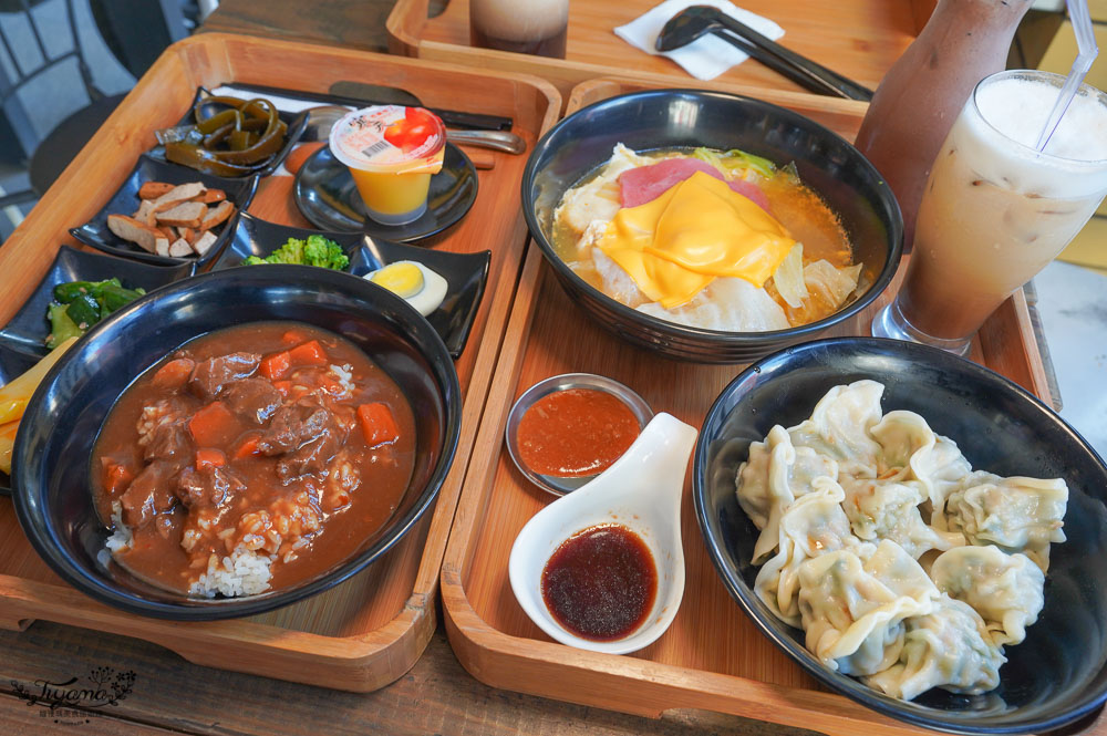 羊羊羊輕食,台南百元小資美食,每週三咖啡7折,韓式起司拉麵、巨大顆手工水餃,近臺南市美術館2館 @緹雅瑪 美食旅遊趣