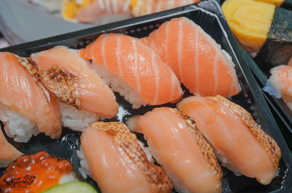 台南外帶壽司,超浮誇鮭魚壽司盤!!風驛鮨味壽司丼飯專賣店,炙燒鮭魚壽司每貫只要20元起 @緹雅瑪 美食旅遊趣