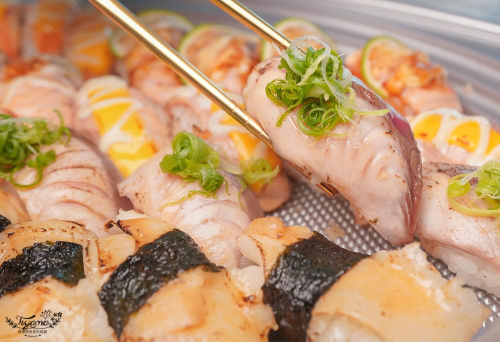 台南浮誇壽司!!纓風壽司1099元大滿足~32貫8種生魚握壽司&炙燒握壽司大集合,鮭魚、北海道干貝、星鰻、比目魚、親子鮭魚 超澎湃 @緹雅瑪 美食旅遊趣