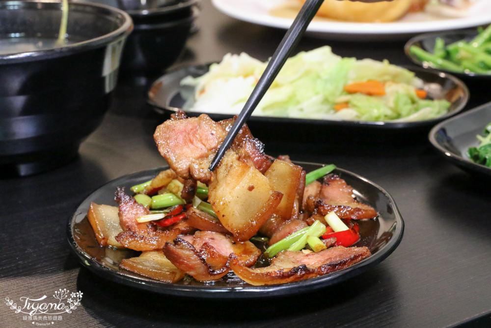 台南安平美食|柱老爹 桶仔雞:來自南投山上的美味桶仔雞,3~4人分享餐大滿足 @緹雅瑪 美食旅遊趣
