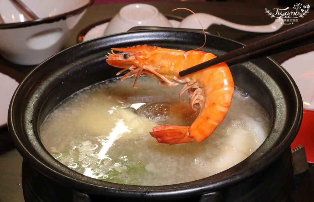 八鮮棧肉骨爐:幸福雙人海陸鍋,Haagen Dazs冰淇淋任你吃|海鮮拼盤|台南火鍋推薦 @緹雅瑪 美食旅遊趣
