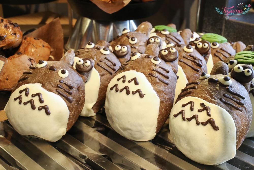 旅禾泡芙之家:大泡芙模型出沒,龍貓麵包、草莓可頌、泡芙|台中美食|審計新村美食 @緹雅瑪 美食旅遊趣