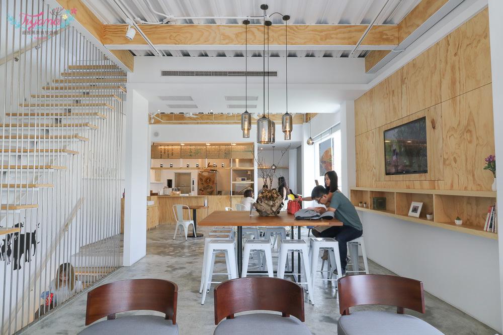 台南下午茶推薦|成真咖啡 台南正興店:舒芙蕾厚鬆餅+創意咖啡,台南特色咖啡館!! @緹雅瑪 美食旅遊趣