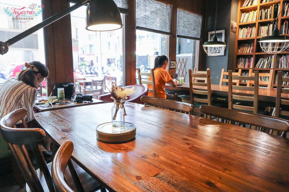 和好珈琲店|攝影.單眼相機.早午餐:猶如相機收藏館的日式文青咖啡館 @緹雅瑪 美食旅遊趣