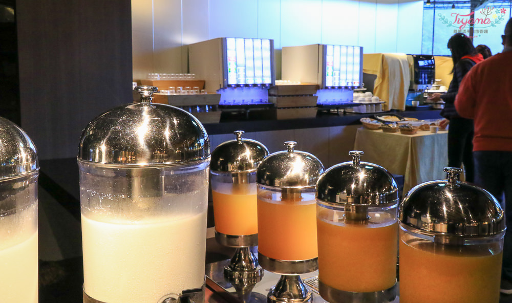 北海道星野渡假村早餐/星野渡假村 森林餐廳:豪華海鮮丼~自己吃的勝手丼自己夾!! @緹雅瑪 美食旅遊趣