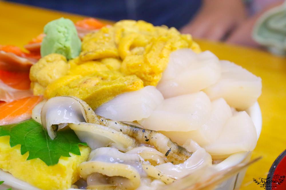小樽三角市場攻略~15間海鮮食堂介紹 滝波食堂:現買現吃帝王蟹,三品超狂海鮮丼 @緹雅瑪 美食旅遊趣