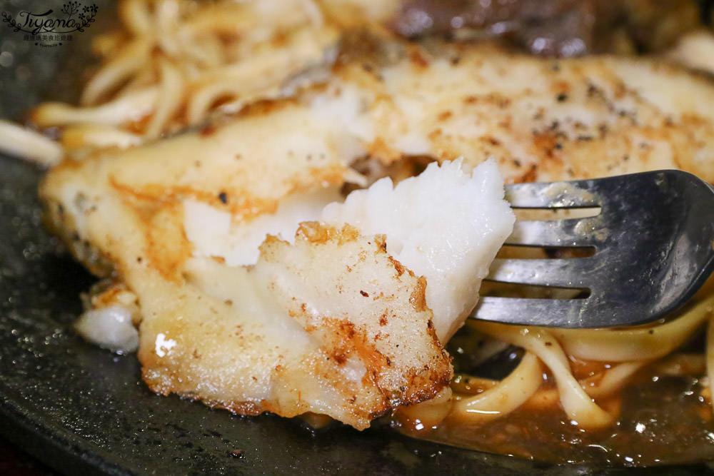 嘉義牛排 午食5分鐵板牛排 朴子店:快來大口吃肉!還有自助沙拉、濃湯、吐司、飲料任你吃 @緹雅瑪 美食旅遊趣