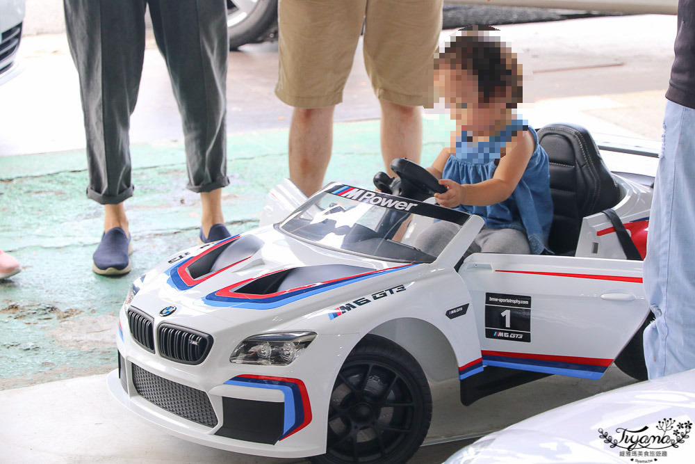 全方位兒童超跑電動車,現場試乘,網購免運費,不定期買電動車送電動機車 @緹雅瑪 美食旅遊趣
