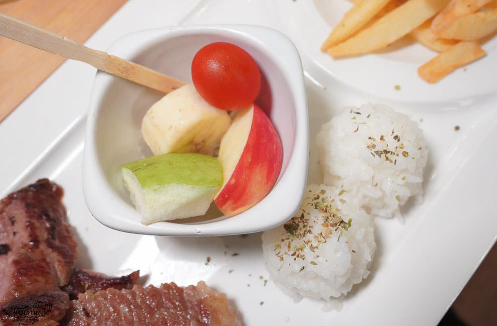 廚何日當牛|新營聚餐推薦,美味好好拍!!吸睛萌系兒童餐,親子友善餐廳 @緹雅瑪 美食旅遊趣