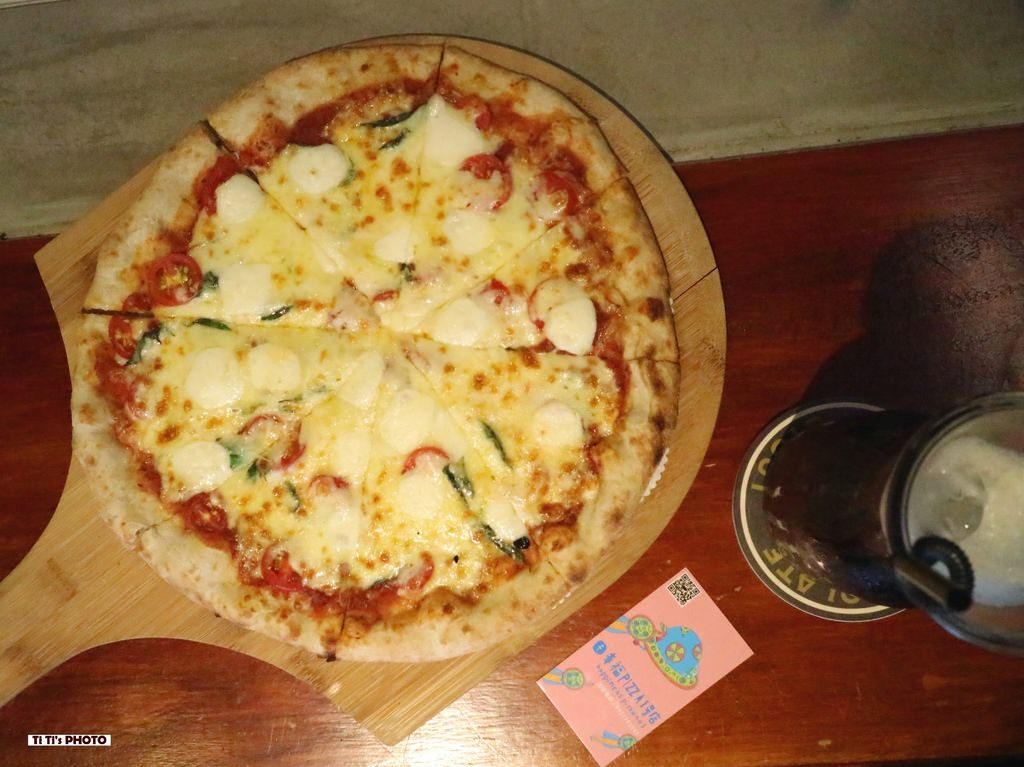 【嘉義.東區】幸福Pizza1號店.柴燒窯烤披薩:「嘉義在地青年」從餐車到店面的平價幸福好味道!! @緹雅瑪 美食旅遊趣