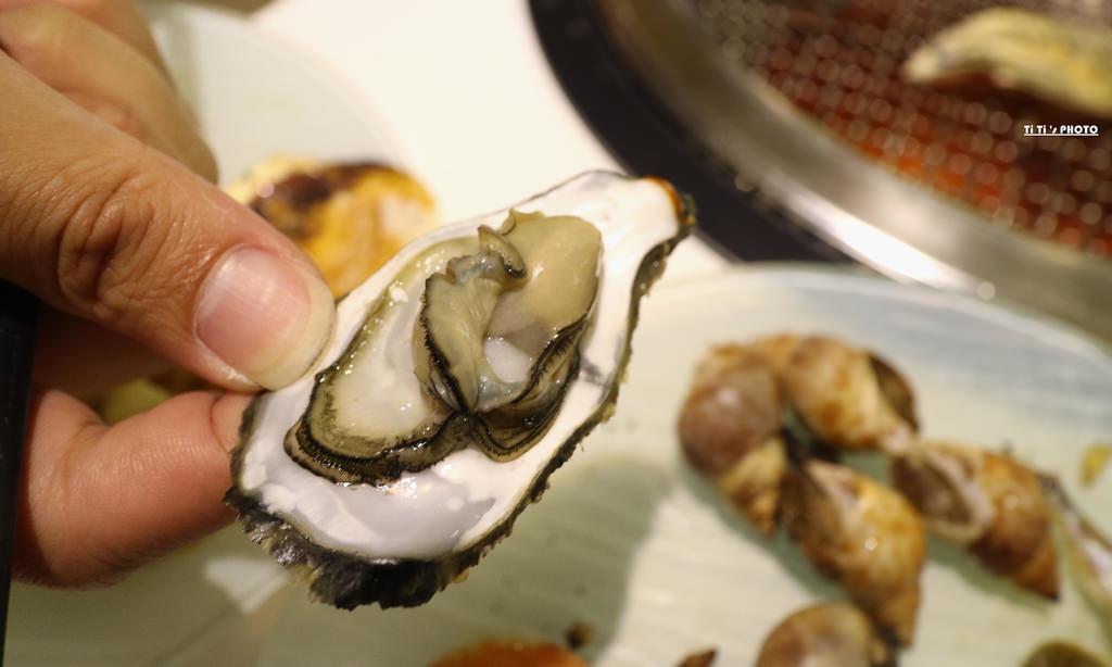 【台南.東區】台南精緻燒烤 排隊燒物。燒肉吃到飽:全台首創之燒物也可以迴轉唷!! @緹雅瑪 美食旅遊趣