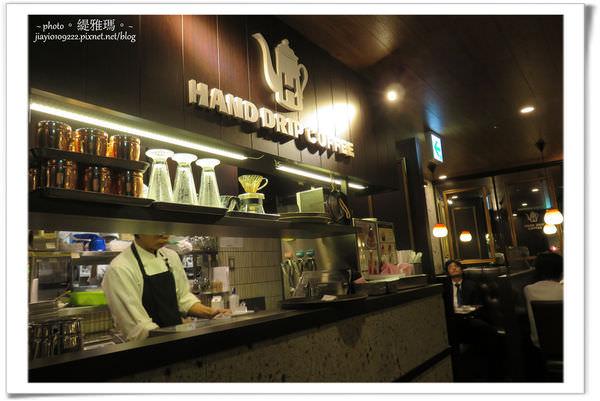 【大阪美食】星乃珈琲店.阪急三番街店。舒芙蕾厚鬆餅&舒芙蕾 @緹雅瑪 美食旅遊趣
