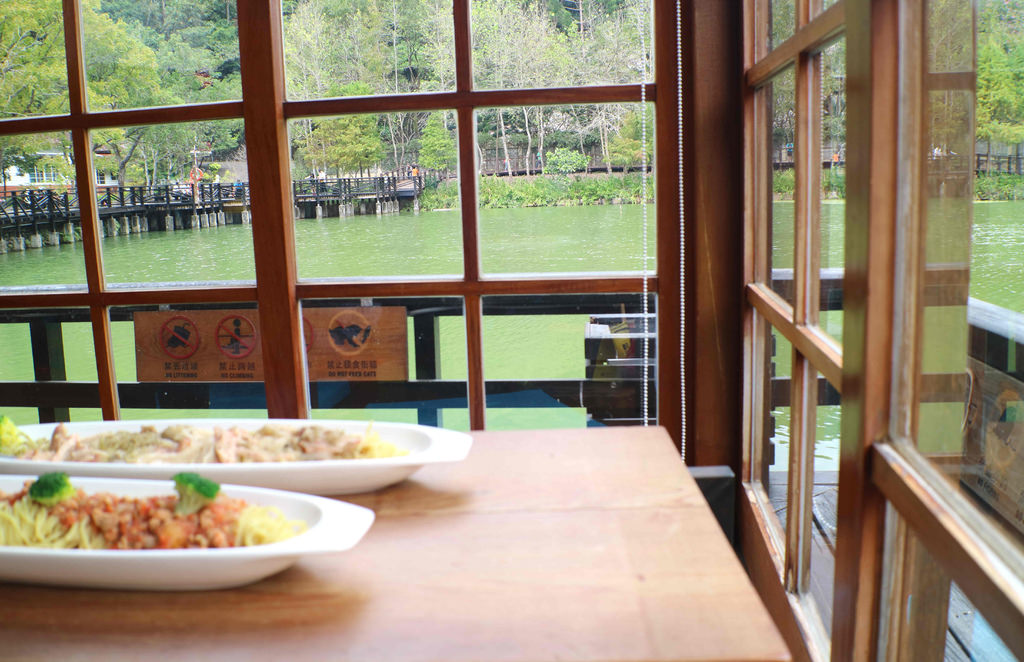 【南投.水里鄉】隱茶 STEAM。車埕貯木池畔:好山好水好風光,池畔旁的「日式喫茶店」 @緹雅瑪 美食旅遊趣