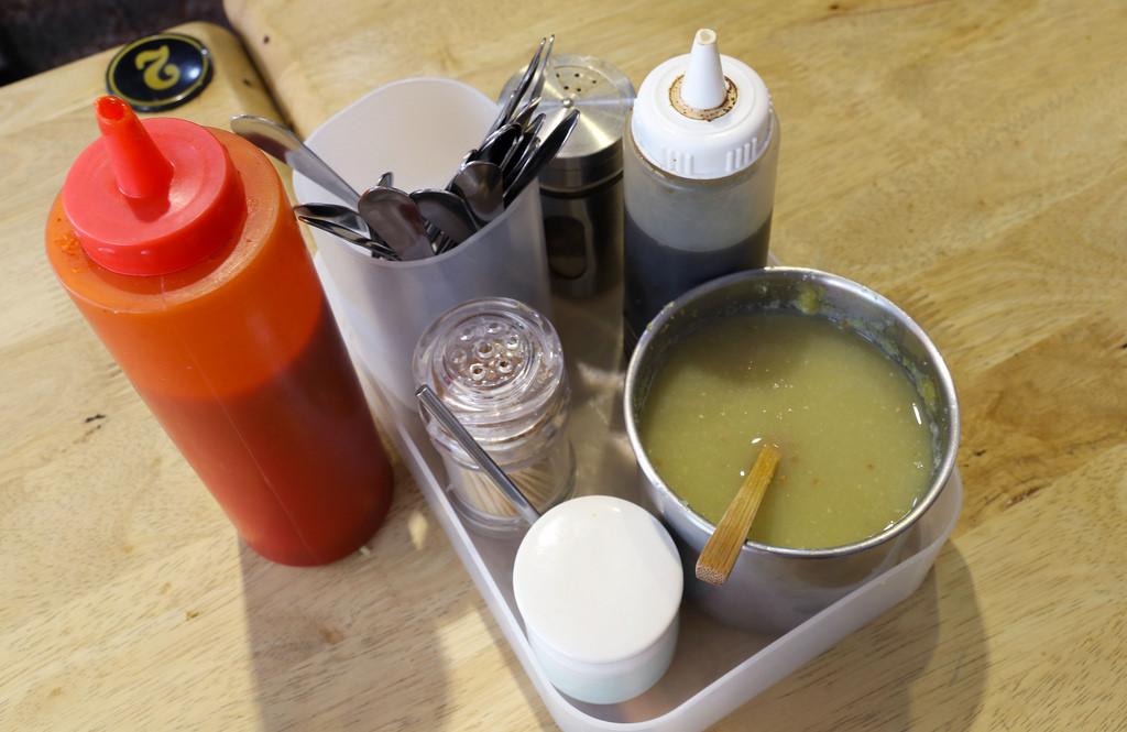 【台南.中西區】富盛號碗粿。國華街美食:人氣排隊名店 @緹雅瑪 美食旅遊趣