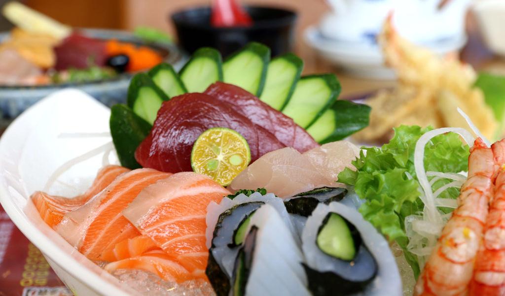 【高雄.鳳山區】蒲田和食料理。日本料理:刺身∣壽司∣生魚握∣丼飯∣手捲∣揚物∣燒物∣冷物沙拉,平價滿足吃飽飽 @緹雅瑪 美食旅遊趣