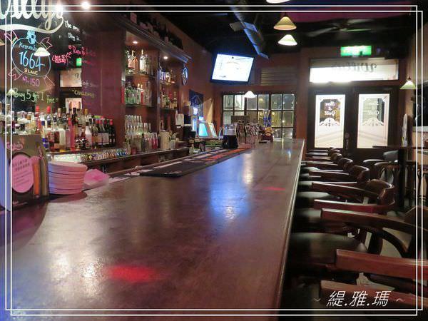 【台南.南區】 葳苙二壘運動餐廳~美式運動餐廳酒吧.看球賽慶生最佳地點 @緹雅瑪 美食旅遊趣