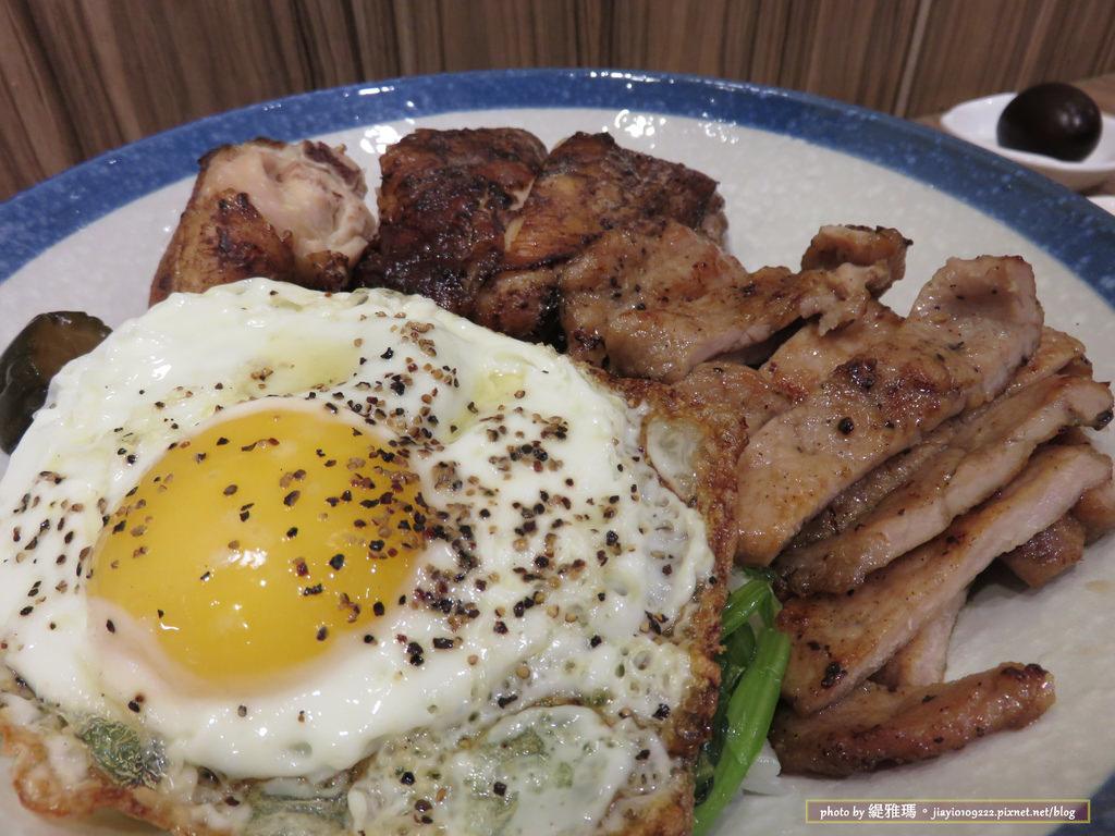 【台南.中西區】蛋蛋豪。蛋料理.家傳烤雞:大份量「肉控蓋飯」愛肉族必點 @緹雅瑪 美食旅遊趣