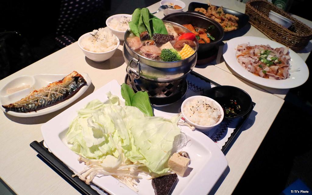 【台南.中西區】飛魚音樂餐廳。飛魚樂團:現場樂團演唱&私房美食佳餚「雙饗宴」 @緹雅瑪 美食旅遊趣