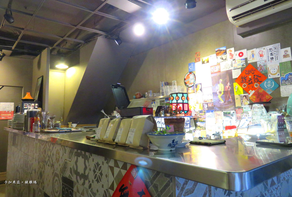 【台南.中西區】卡加米亞咖啡|台南老屋咖啡:水果冰淇淋現烤窩夫、微醺拿鐵,在祕密基地的優閒下午茶時光 @緹雅瑪 美食旅遊趣
