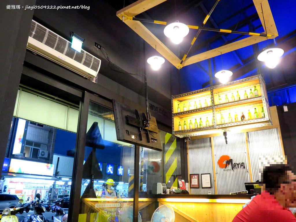 【嘉義.東區】OMAYA春川炒雞-嘉義新生店:超澎湃「釜山巨無霸海鮮盆」,配「角HIGH」好過癮! @緹雅瑪 美食旅遊趣