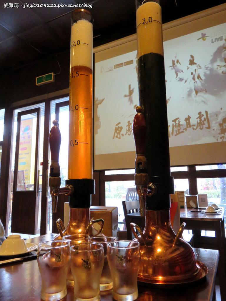 【台南.中西區】德斯啤鮮釀啤酒餐廳:德式風格裝潢,中、西式料理任你選擇,大口吃美食大口喝啤酒!! @緹雅瑪 美食旅遊趣