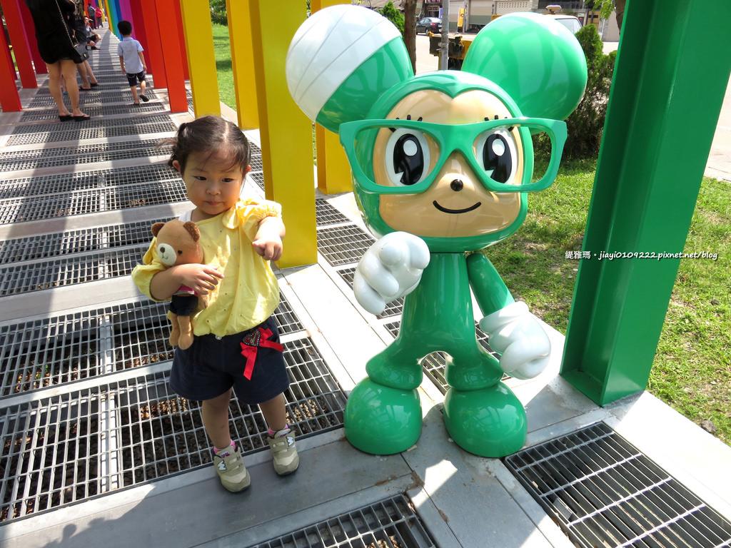 【台南景點.新營區】新營藝術園區。不二良小鼠:到此小遊 散步遊記!! @緹雅瑪 美食旅遊趣