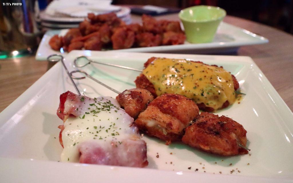 【嘉義.西區】DEN小餐館。DEN.nice meal + Bar:自在迷人氛圍中享用大嗑美食 @緹雅瑪 美食旅遊趣