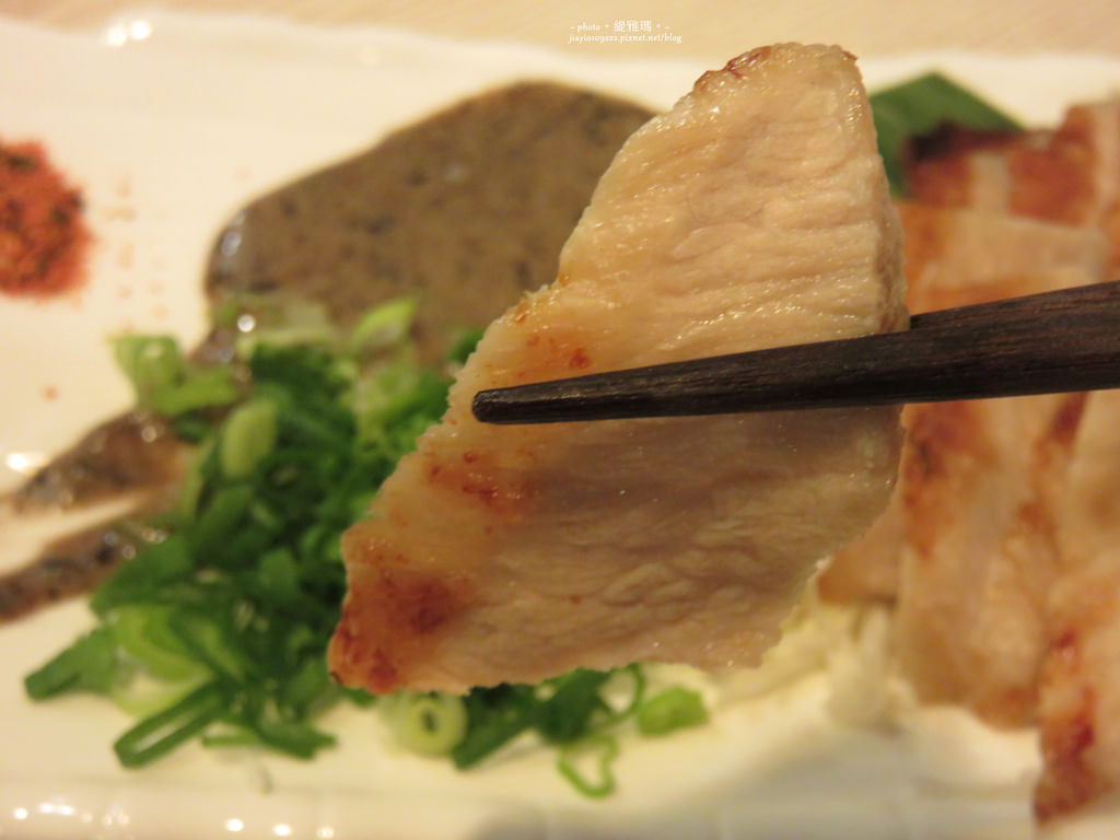 【宜蘭.宜蘭市】悅燒和風洋食居酒屋:鮭魚親子丼.海膽焗龍蝦 好精彩 @緹雅瑪 美食旅遊趣