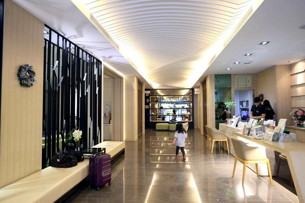 奇異果快捷旅店-高雄車站店:平價舒適連鎖旅店,高雄來去住一晚原來這麼便宜 @緹雅瑪 美食旅遊趣